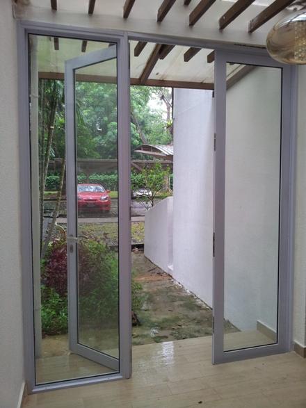 Aluminium Swing Doors